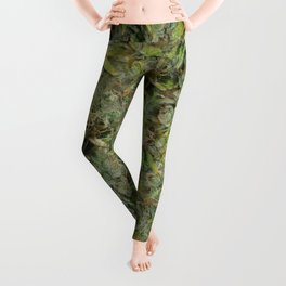 cannabis bud, marijuana macro Leggings