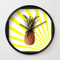 Ananas pop Wall Clock