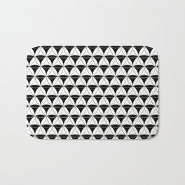 Cone Pattern Black-White Bath Mat