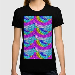 Blue, Gold, Purple Hippy Pattern Overlaying Paisley Pattern T-shirt