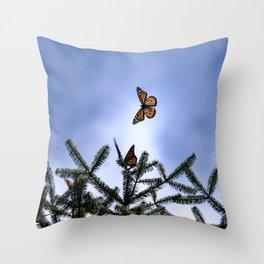 Monarchs flying Throw Pillow