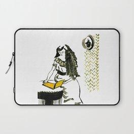 Reading girl Laptop Sleeve