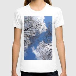 Amazing Idyllic Leafless Tree Crowns Cloudy Blue Sky Ultra HD T-shirt