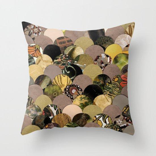 Autumn Scalloped Pattern Throw Pillow