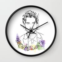 louis tomlinson Wall Clocks featuring Louis Tomlinson by Mariam Tronchoni