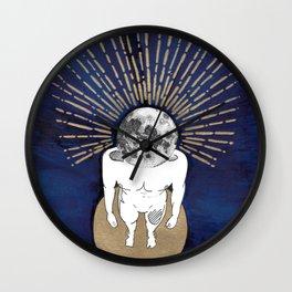 Tête dans la lune Wall Clock