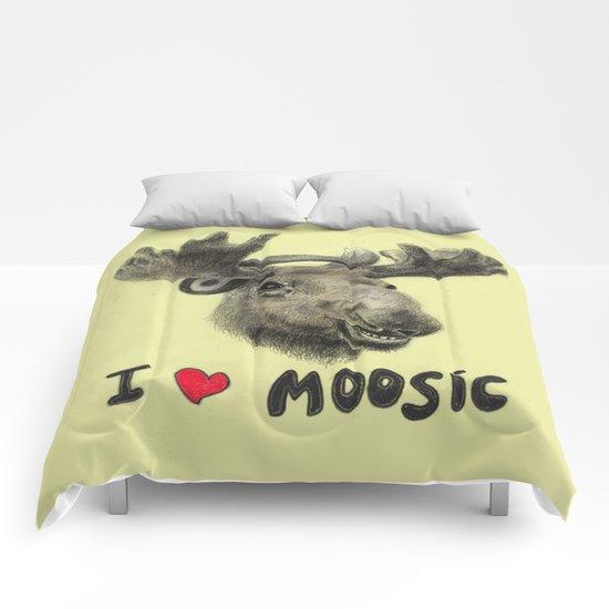 I love Moosic! // moose Comforters