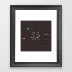 Uh UFO! Framed Art Print