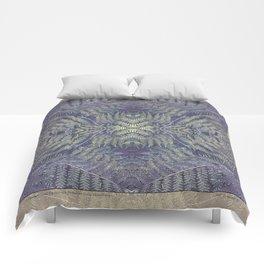SYMMETRICAL PASTEL PURPLE BRACKEN FERN MANDALA Comforters