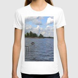 Landscape on the river T-shirt
