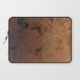 Chute dans Jupiter Laptop Sleeve