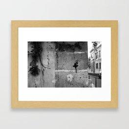 Danser sa vie Framed Art Print