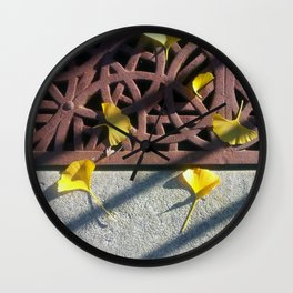 Grate and Ginko Leaves Wall Clock