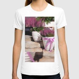 Blooming Calluna vulgaris or heather T-shirt
