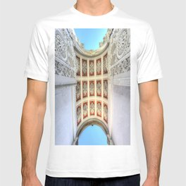 Dolmabahce Palace Istanbul Arch T-shirt