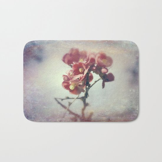 I dreamed a flower garden Bath Mat