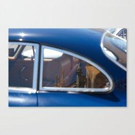 reflet, car Canvas Print