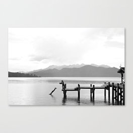 Before the rain comes Canvas Print
