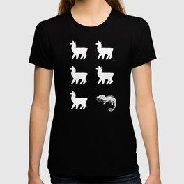 Llama Lllam Lllama Chameleon Funny Animal Pun T-shirt