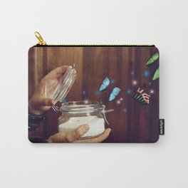 Y volar. Carry-All Pouch