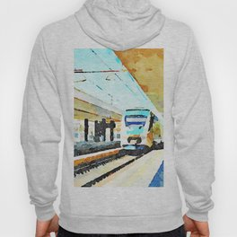Pescara railway station: train enters the station Hoody