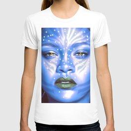 Rihanna - Celebrity Art (Avatar Style) T-shirt