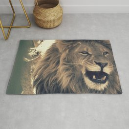 Lion on a walk Rug