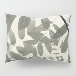 Light Green Forest Leaves Abstract Pillow Sham