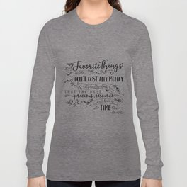 My Favorite Things Don't Cost Money - Steve Jobs Quote Long Sleeve T-shirt
