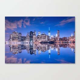 New York skyline at night Canvas Print