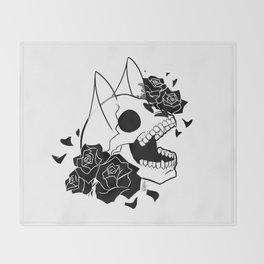 Skull 'n' Roses (ScribbleNetty-Black&White) Throw Blanket