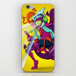 Sacando Chamucos (a bailar...) iPhone Skin