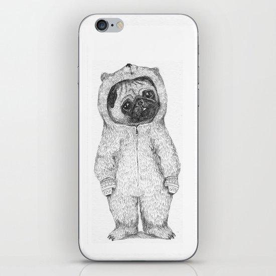 Winter pug iPhone Skin