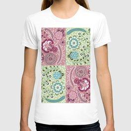 Paisley quilt design T-shirt