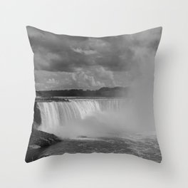 niagra. Throw Pillow