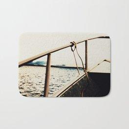 I´m on a boat Bath Mat