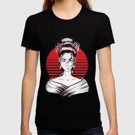 Japanese geisha woman T-shirt