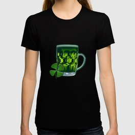 Pint Of Lucky. T-shirt