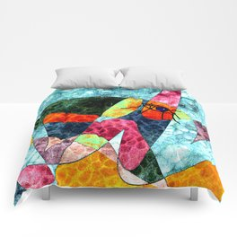 The laughing horse Comforters