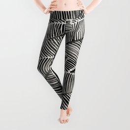 Tropical Palm Leaves – Black Palette Leggings