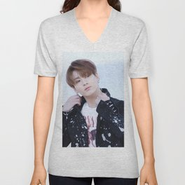 Jungkook / Jeon Jung Kook - BTS Unisex V-Neck