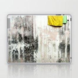 Towels Laptop & iPad Skin