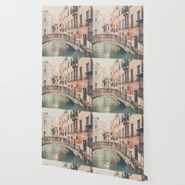 wandering the streets of Venice ... Wallpaper