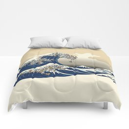 The great wave of english bulldog Vanilla Sky Comforters