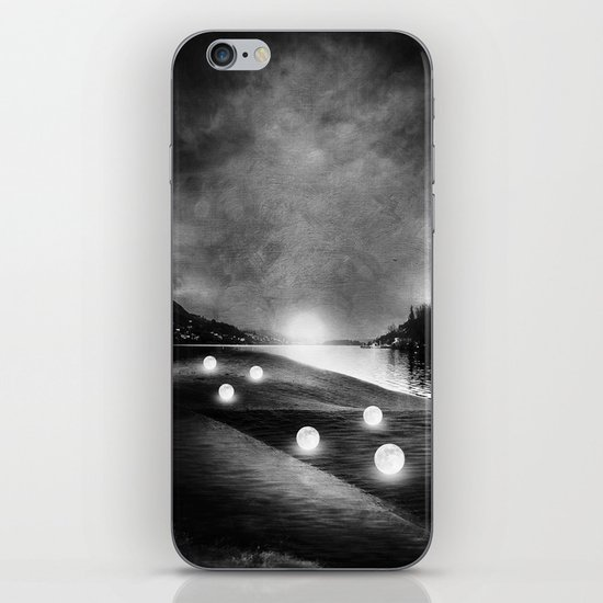 Field of lights (B&W) iPhone & iPod Skin