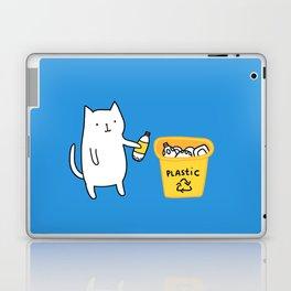 Cat recycles plastic Laptop & iPad Skin
