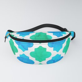 Quatrefoil pattern in blue and green Fanny Pack