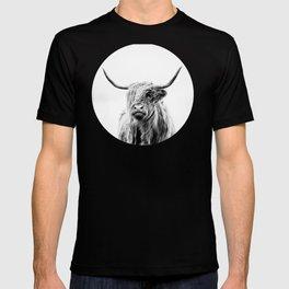 portrait of a highland cow T-shirt
