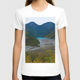 Kinney Lake in Mount Robson Provincial Park, BC, Canada T-shirt