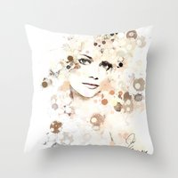 emma stone Throw Pillows featuring Emma Stone by Rene Alberto